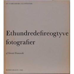 Et hundrede fire og tyve fotografier