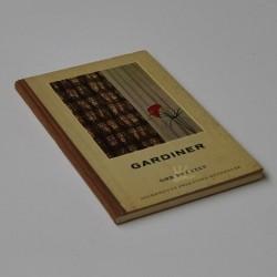 Gardiner – Vi syr og hænger op