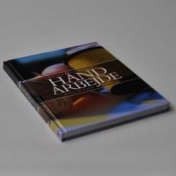 Håndarbejde - Politikens store bog om håndarbejde - strikning, hækling, broderi, patchwork mv.
