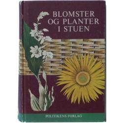 Blomster og planter i stuen